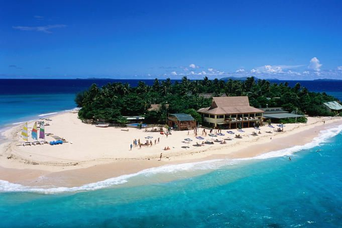 Beachcomber Island Fiji.....i spent 5 days on this island and you can walk around it in 8 minutes !!!!!!