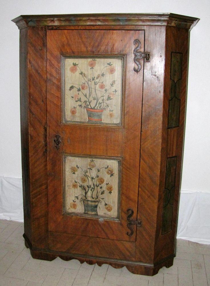 Oltre 25 fantastiche idee su mobili dipinti su pinterest mobili rismaltati mobili verniciati - Mobili antichi colorati ...