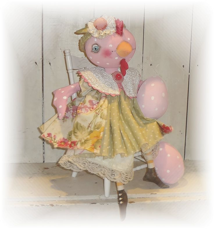 Sweet little French Hen.   Special orders are always available from The Pixie's Thimble