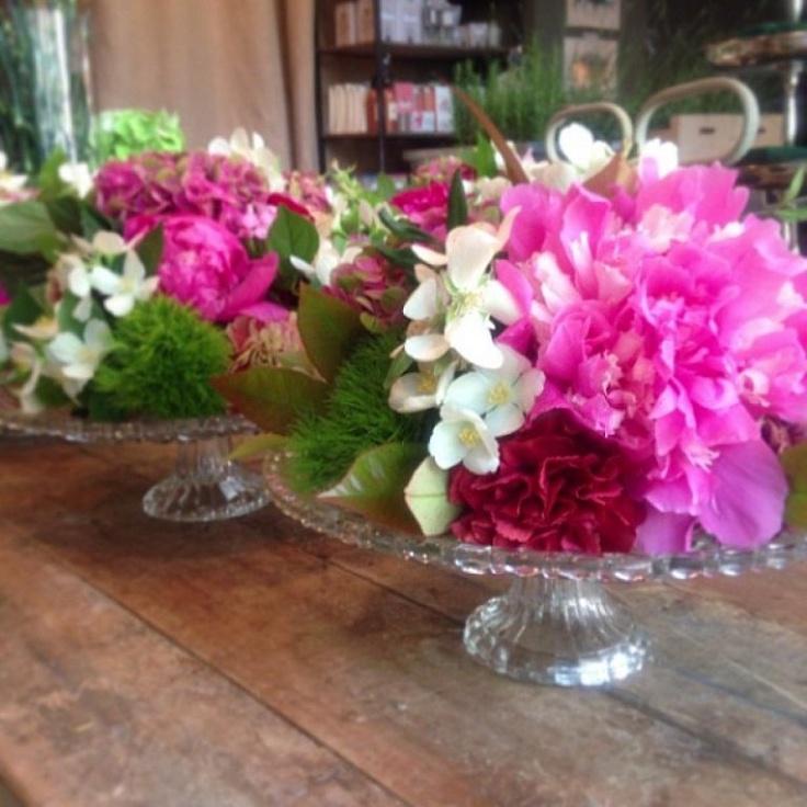 Centros de mesa con flores mesas and fiestas - Arreglo de flores naturales ...