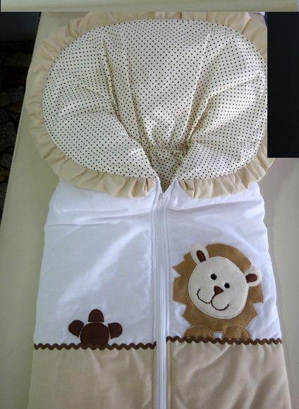Porta Bebê Bordado Feito em tecidos em 100% algodão e acolchoado com manta siliconada para dar conforto ao Bebê. Ideal para os Recém Nascidos, ao sair da maternidade e passear no carro. Conforto para o Bebê e Segurança para a Mamãe!! Fazemos em diversas cores e bordados!