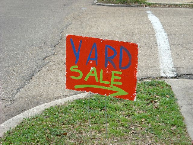 #Yard signs, an affordable marketing tool used by many, to advertise the business. They help the business to increase the awareness of its products and services. They are also used to organize an event to entice present and potential customers.