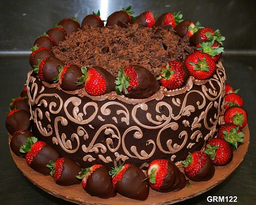 Chocolate Cake with Chocolate-coated Strawberries and Chopped Chocolates~Almost too pretty to eat!!