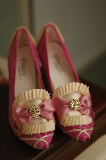 Marie Antoinette Shoes/Pink Ivory Pearls