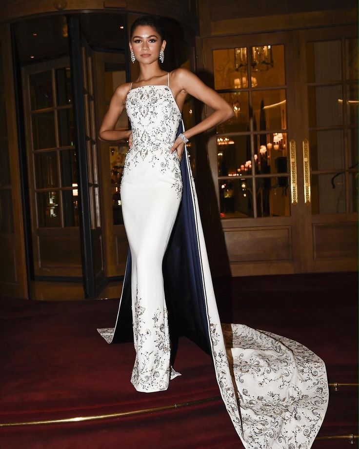 The Best Fashion Instagrams of the Week, From Zendaya in Ralph Russo to Bella Hadid in a Slip Dress - Vogue