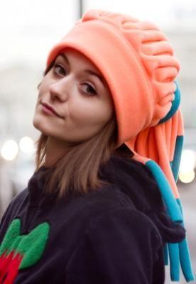 Теплая флисовая шапка