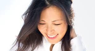 Voulez-vous savoir comment les femmes asiatiques arrivent à garder une peau lisse et jeune pendant longtemps ? Voici le secret.