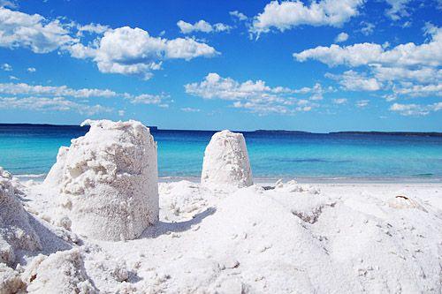 Hyams Beach - Whitest sand beach in the world! Mini road-trip here yesterday!!