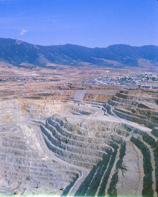 Open Pit Copper Mine, Butte, Montana by Piedmont Fossil, via Flickr