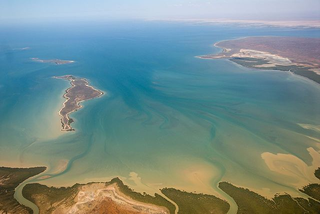 04 December - Oil is discovered in Exmouth Gulf off the coast of Western Australia.