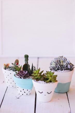 13 best jardin images on pinterest gardening flower pots and diy vaso de barro decorado para suculentas fandeluxe Gallery