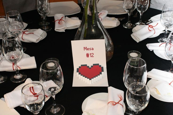 Number. Wedding. Table