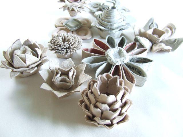 Dishfunctional Designs: Egg Carton Flower Crafts