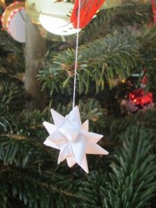 How to make a Danish Christmas star | Danish Language Blog