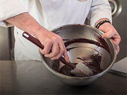 Paco Torreblanca comparte sus mejores consejos y recetas elaboradas con chocolate