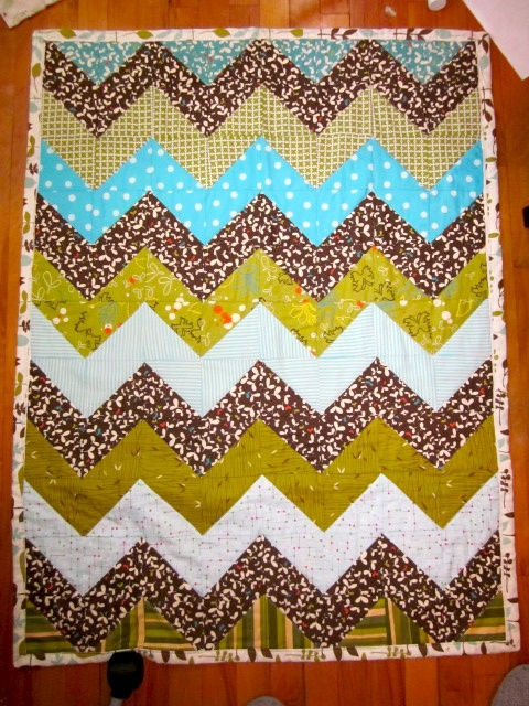 17 Best images about Chevron Quilts on Pinterest | Fabrics ...