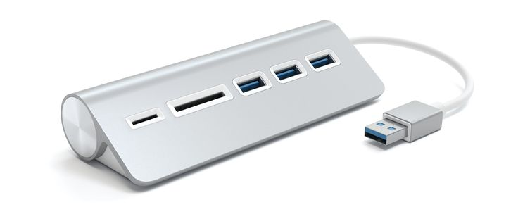 Satechi specializes in making low-cost accessories that fit right in with Apple gear and in many cases, provide features Apple left out, such as the absence of an SD card reader in the new MacBook Pros.Case in point, theAluminum USB 3.0 Hub