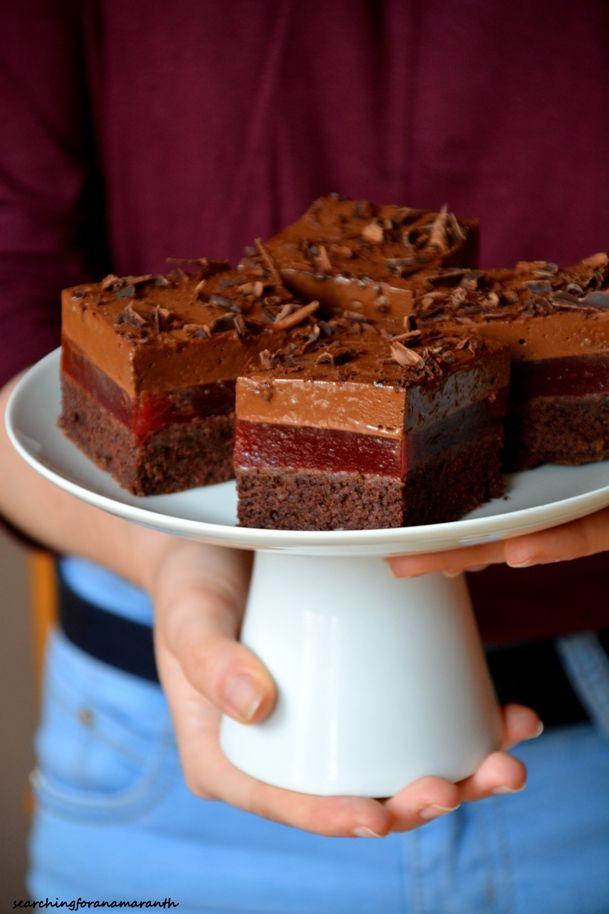 Kostka czekoladowo-śliwkowa