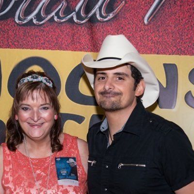 433 best brad paisley 1 images on pinterest brad paisley this picture was taken on march 2015 when finally after 7 years of applying for a meet greet with him i finally won i met him in lubbock texas m4hsunfo