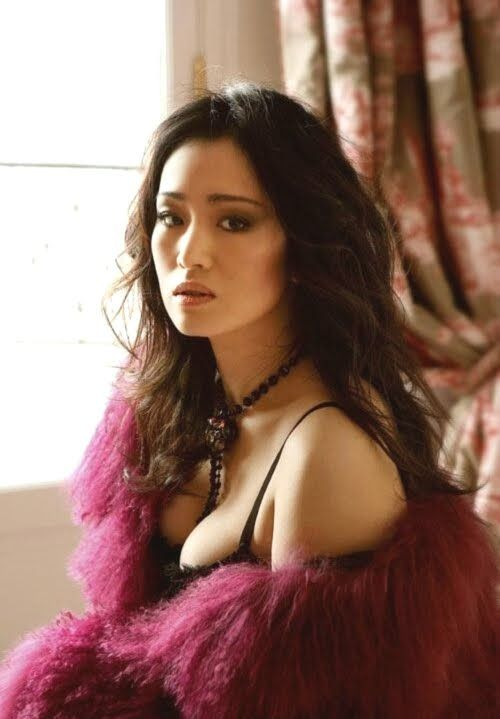 Actress and model Gong Li ... classy Chinese Hairstyles...