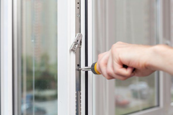 How To Fix Vinyl Windows That Won T Stay Up In 2020 Window Vinyl Window Casing Vinyl