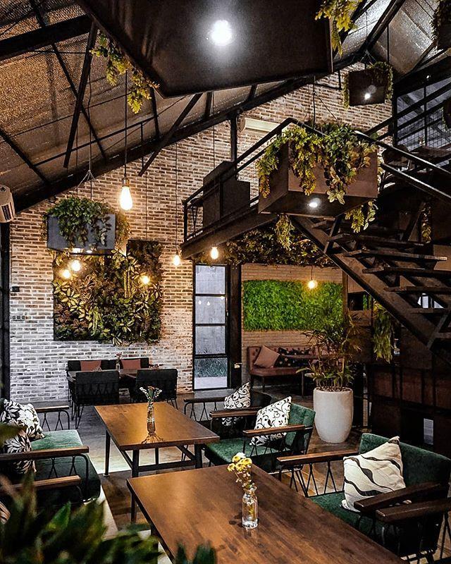 Coffee eatery dan Instagramable yes itu adalah tempat baru