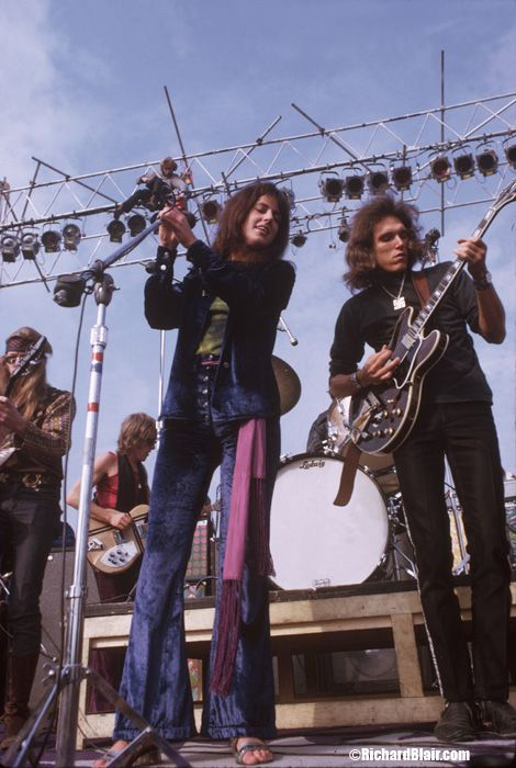 Jefferson Airplane Jefferson Airplane was an American rock band formed in San Francisco, California in 1965. A pioneer of counterculture-era psychedelic rock, the group was the first band from the San Francisco scene to achieve international mainstream success.