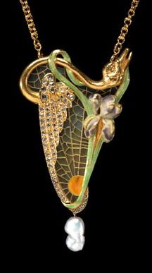 Georges Fouquet (French , 1862 - 1957). Brooch or Pendant ca. 1900 - gold, enamel, diamonds, pearls, glass. | Virginia Museum of Fine Arts