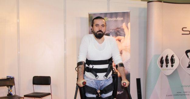 Engellilere özel giyilebilir robotik cihaz..