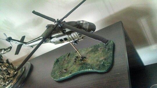 Figura militar black hawk