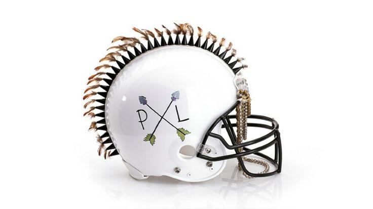 Des casques de football américain revus par de grands créateurs