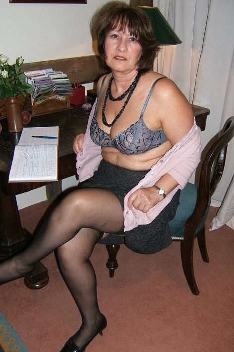 older women in pantyhose