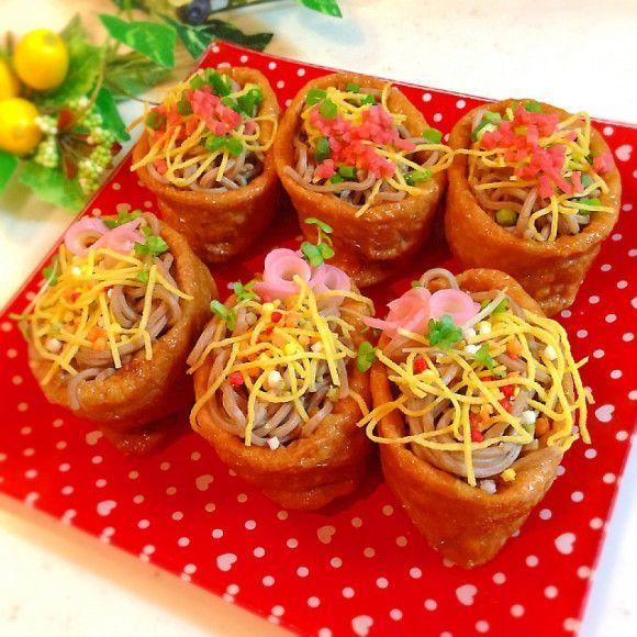 簡単でうまい「そばいなり」レシピまとめ!お弁当にもオススメ - macaroni