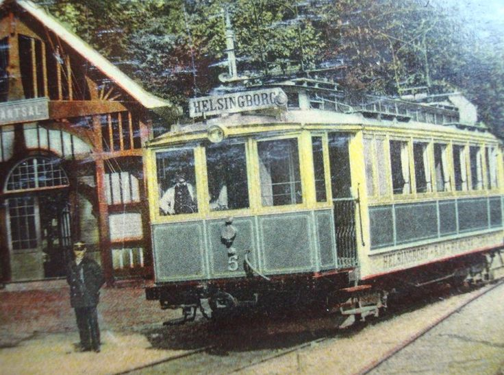 This old postcard shows a car on the Raa-Ramlosa line, a special line out to the old spring, the line was abandoned early on.