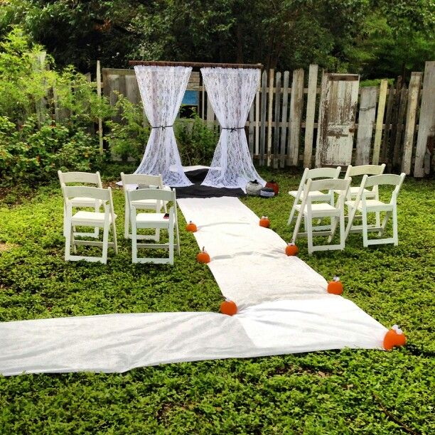 The 25 best small backyard weddings ideas on pinterest for Backyard wedding ceremony decoration ideas