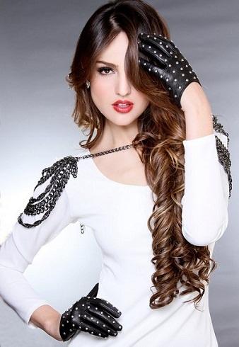Eiza Gonzalez. From Lola to Chic.