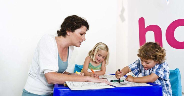 Formas de evaluar el aprendizaje preescolar. La evaluación es una parte importante de la educación, incluso en el nivel preescolar. Las evaluaciones ayudan a evaluar el crecimiento de los niños, así como evaluar la eficacia de la programación educativa, sin embargo, los niños en edad preescolar presentan desafíos únicos a la hora de diseñar evaluaciones eficaces y éticas. Es importante que ...