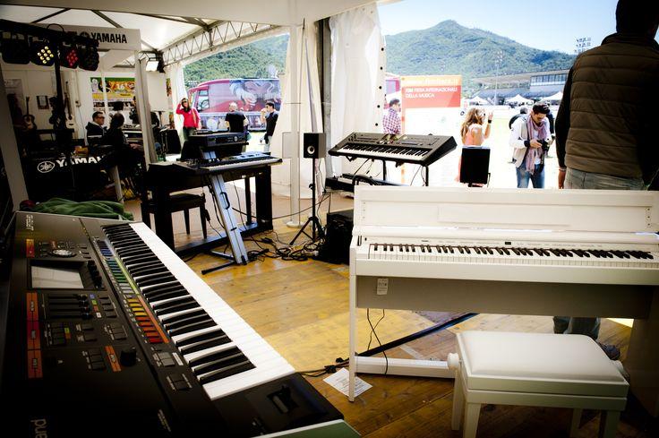 Gli Stand di Roland e di Yamaha sono stati fra i più visitati della prima edizione della fiera. FIM - Fiera Internazionale della Musica. 25 | 26 Maggio 2013. Ippodromo dei Fiori | Villanova d'Albenga (SV). www.fimfiera.it