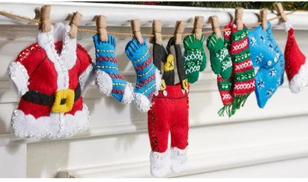 Santa's Laundry Garland Christmas Felt Applique Kit