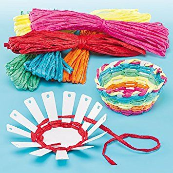 diy- cut triangle strips from paper plate, weave with yarn