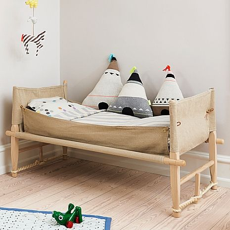 A wonderful set of three different tee pee cushions to delight your child and decorate their room! Ideal for kids or babies alike to relax on or enhance a bedroom. Choose from wigwam with yellow top, wigwam with neon orange top or blue top. A wonderful de…