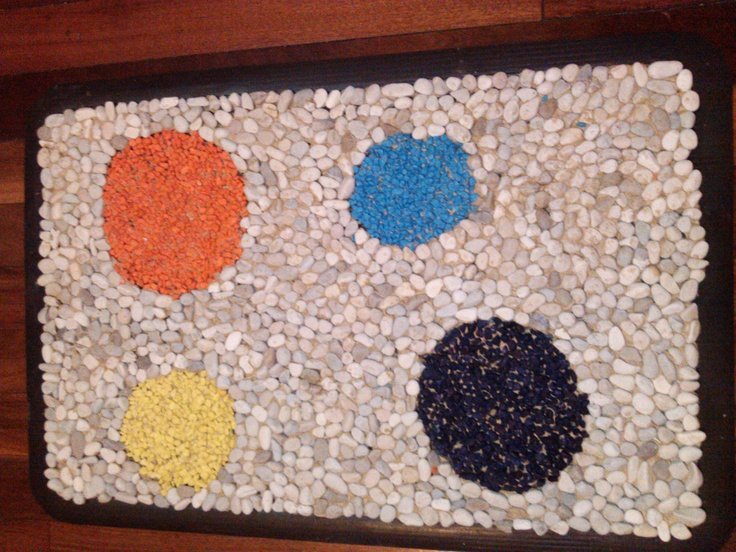 Homemade pebble mat
