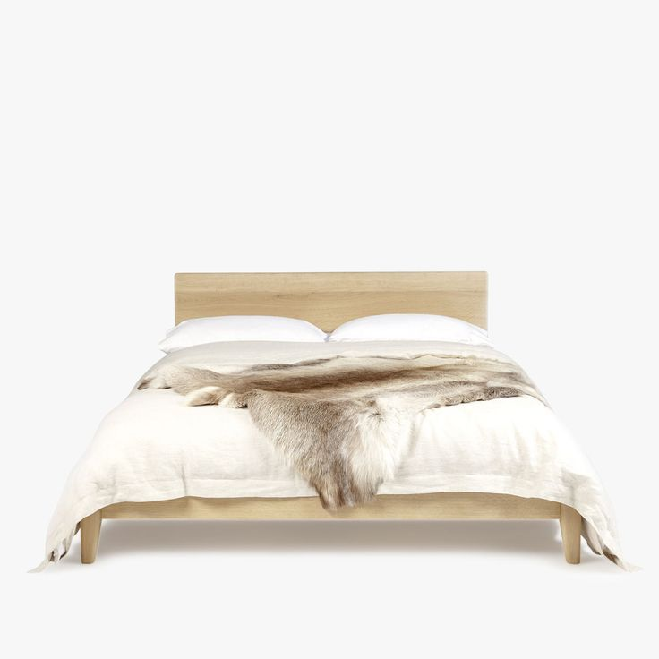 Great-Dane-Bed-Front-1200