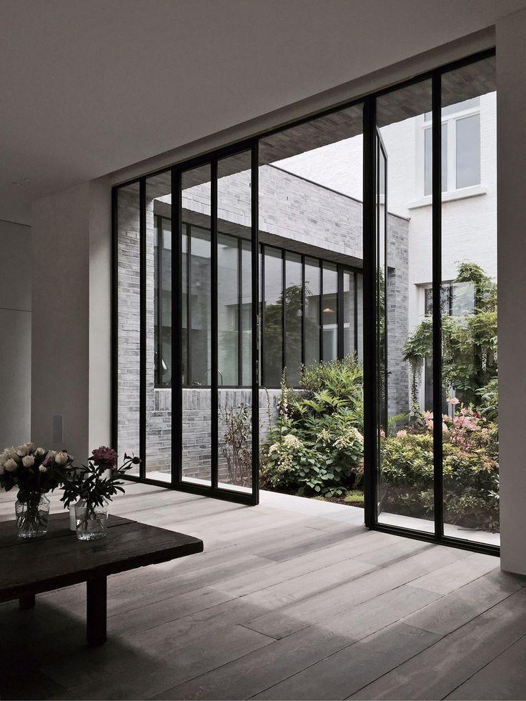 Steal windows, concrete and oak | MyDubio