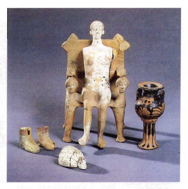 Objects from a tomb of a girl. Provence unknown. Manufactured in Athens, around 420. BC.