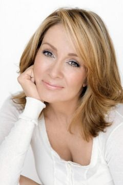 patricia heaton  -hair color