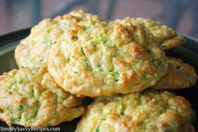 Zucchini Cheddar Biscuits | Simply Savvy Recipes