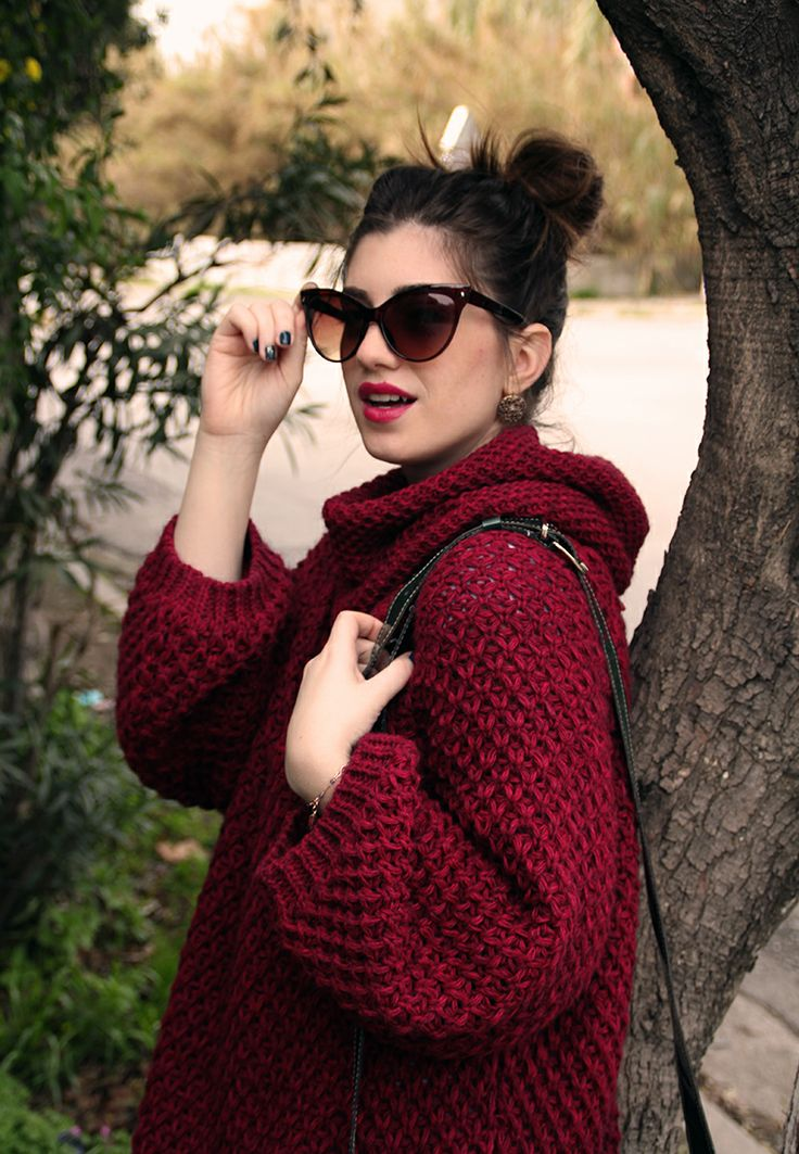 http://www.nfsale.gr/the-burgundy-sweater/
