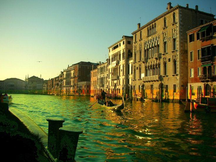 canais-de-veneza-gondolas-veneza-aguas-veneza.jpg (980×735)