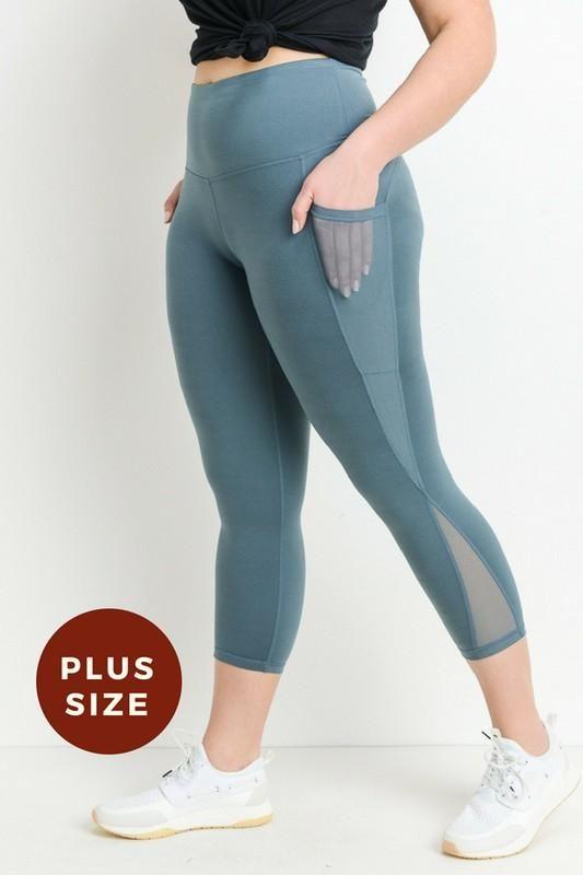 464dc89e3dd0f Hidden Side Pocket Plus Size Leggings | Boldersides Women Active ...